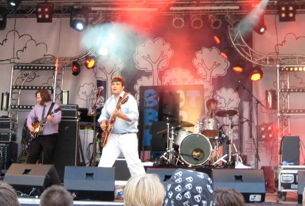 Bernd Begemann on stage at BootBooHook 2010