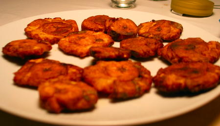 plate with blurry tostones