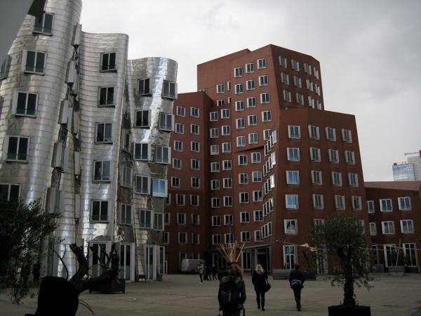 Gehry buildings in Düsseldorf's Medienhafen