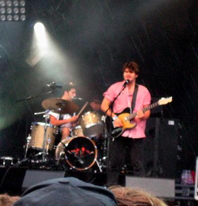 Jack Peñate on stage