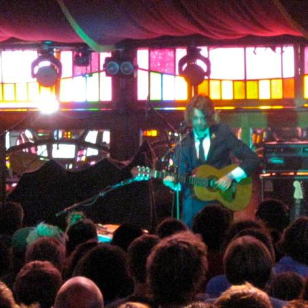 Fyfe Dangerfield on stage in the Spiegelzelt at Haldern Pop 2010