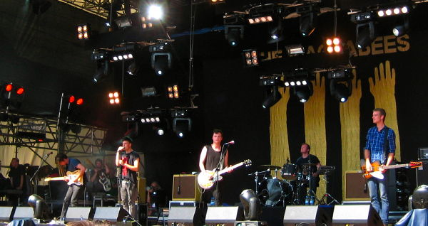 The Maccabees on the main stage at Haldern Pop 2009