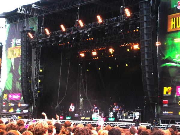 The Kooks playing at Hurricane 2006