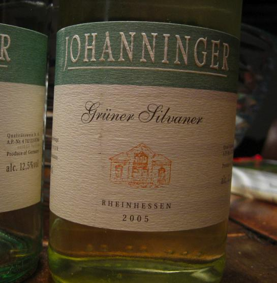 Photo of a bottle of Johanninger Grüner Silvaner 2005