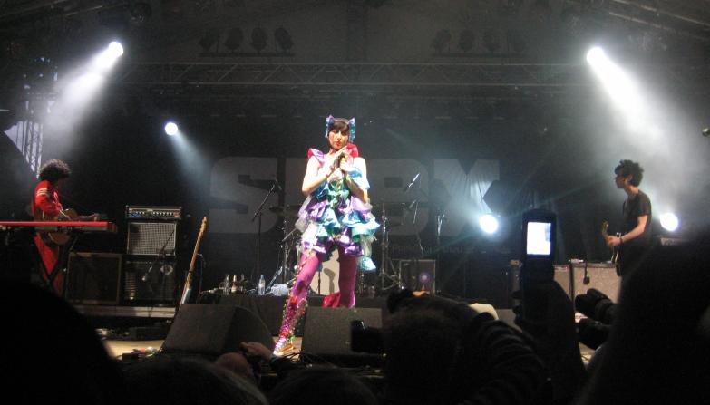 Yeah Yeah Yeahs on stage