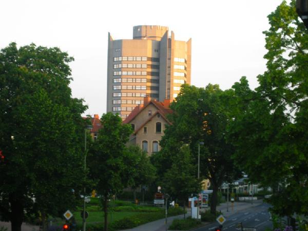 Neues Rathaus in Göttingen in the light of the sunrise