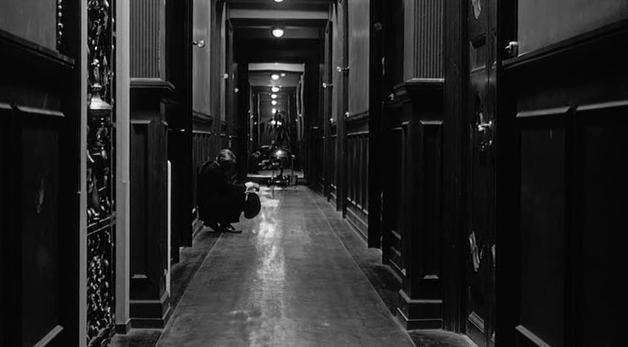Corridor in 8½